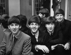 paul_mccartney_1963_with_other_beatles_0