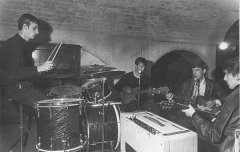 the_beatles_first_photo_together_August_22_1962